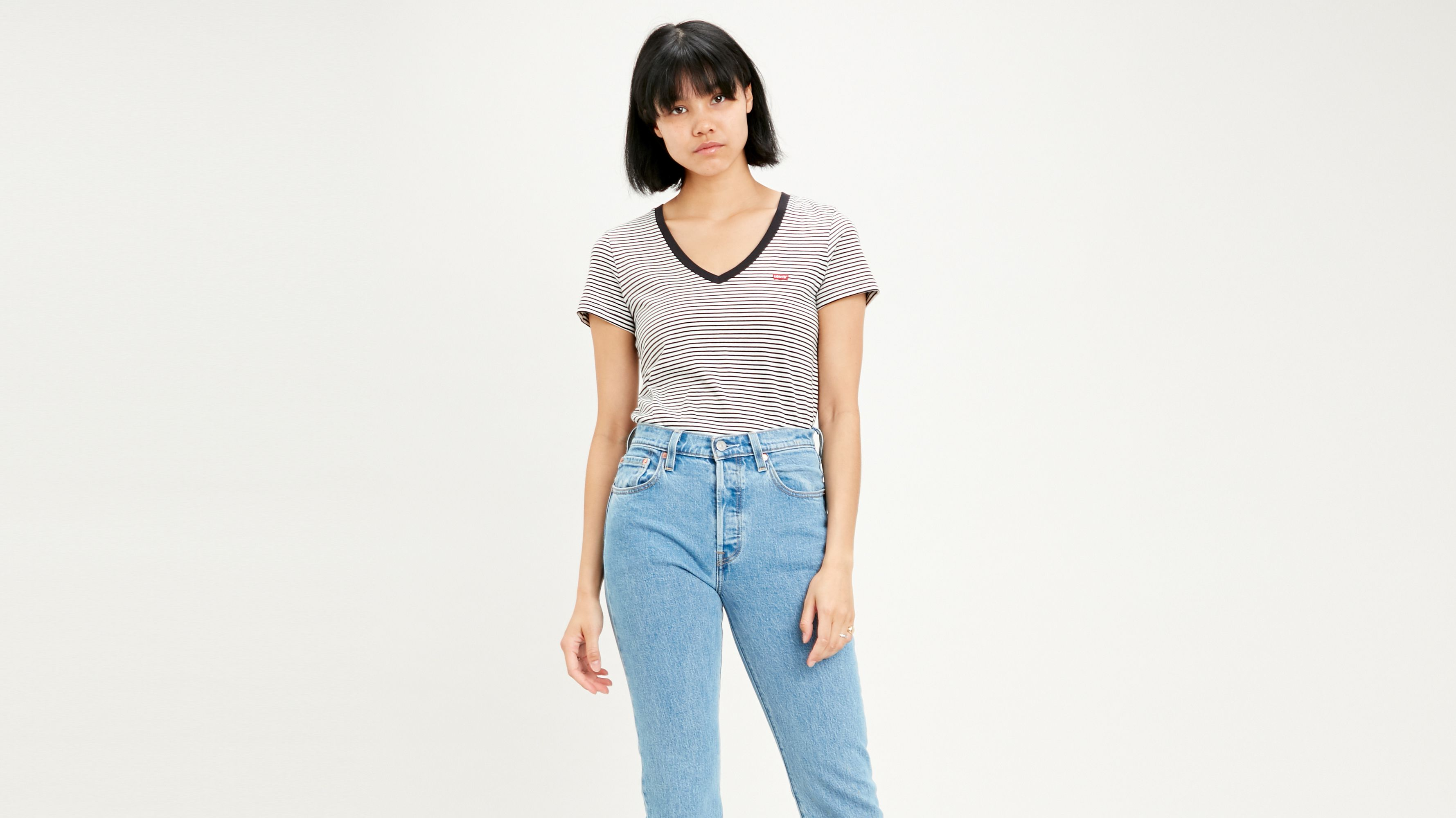 Levi`s The Perfect Tee V-Neck