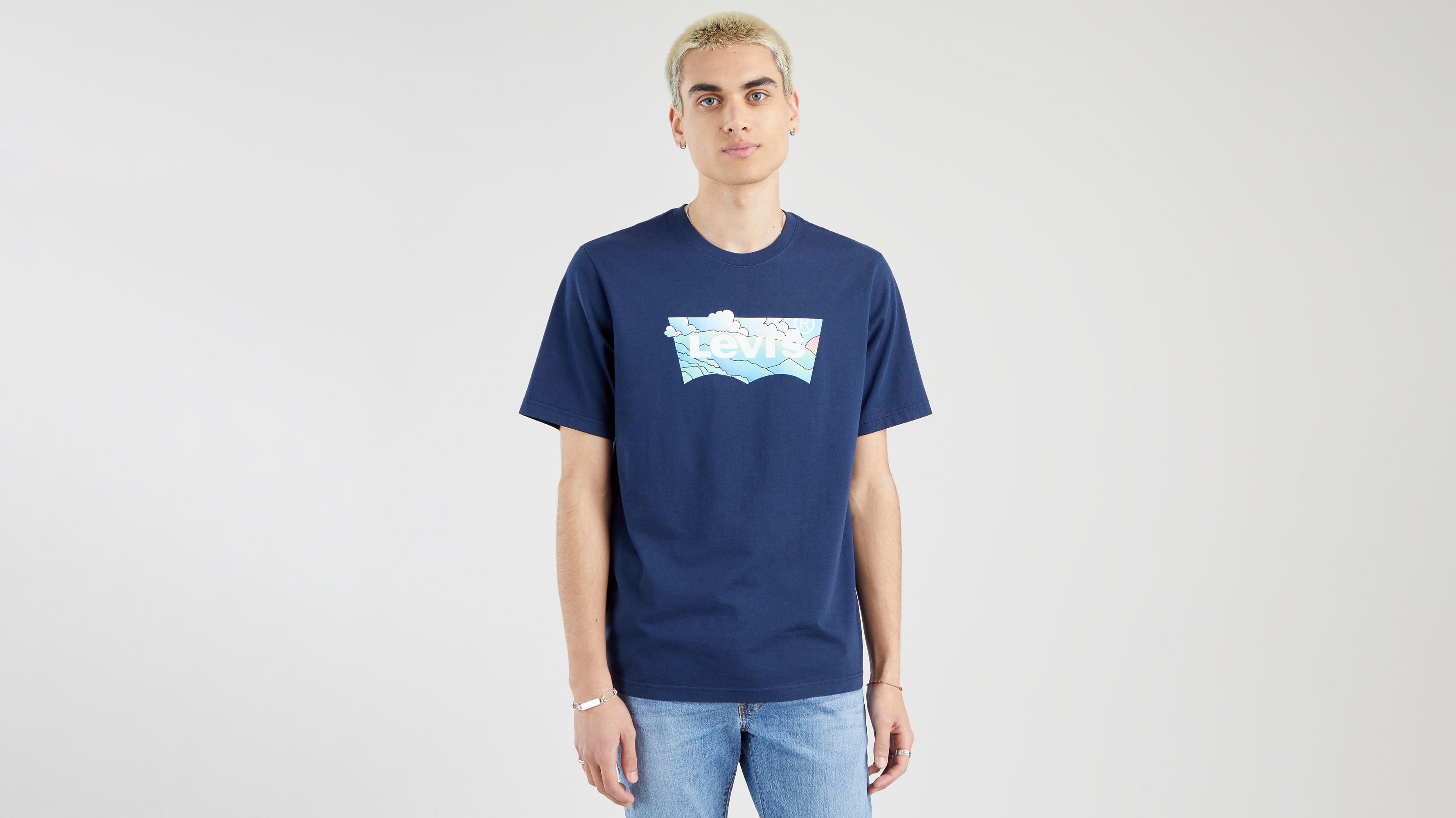 Levi`s Relaxed Fit Tee