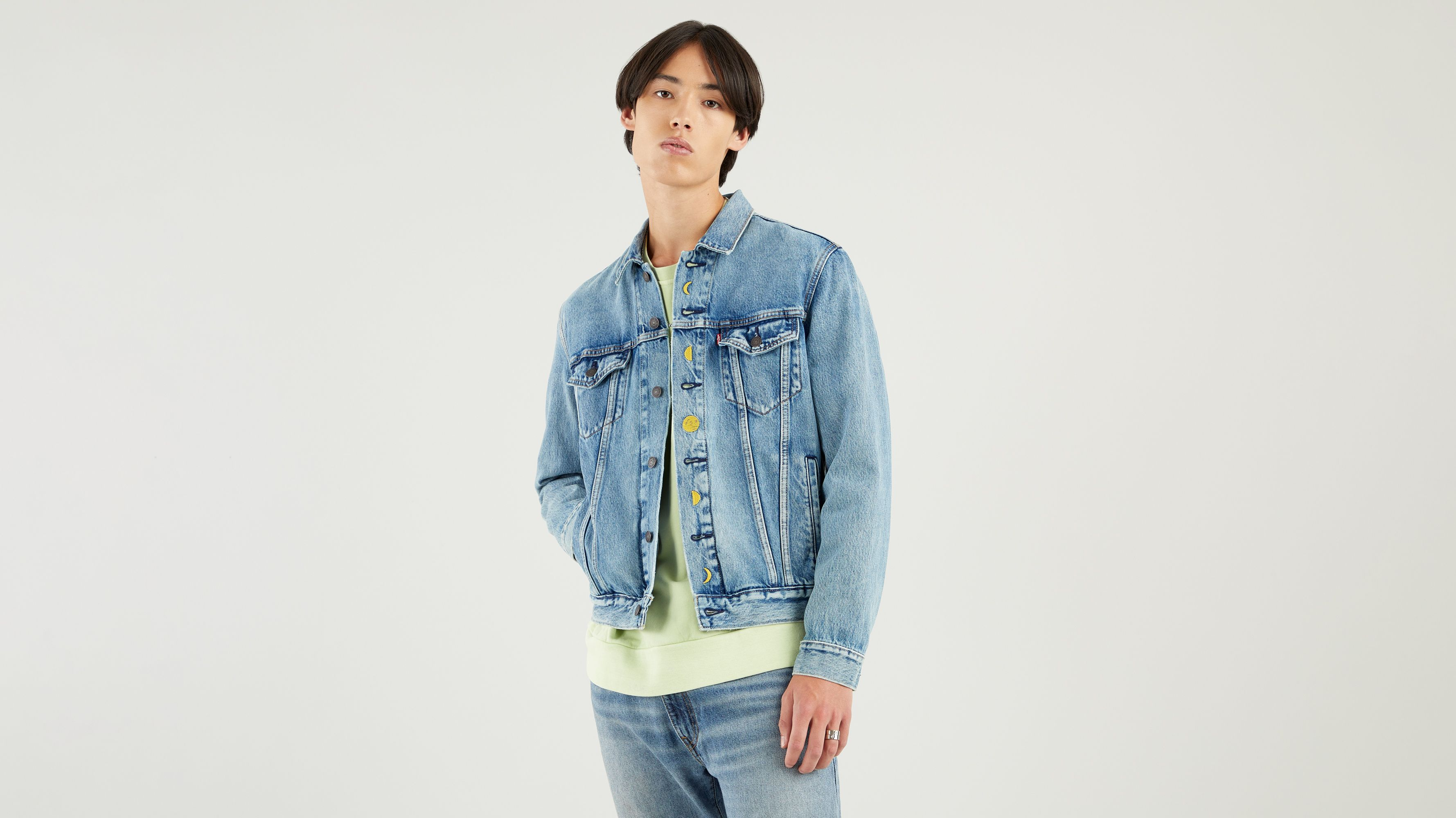 Levi`s THE TRUCKER JACKET UNIVERSE EMBROIDERY